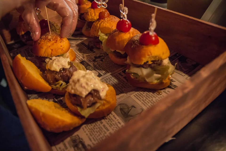 Mini hamburguesas de buffet y catering